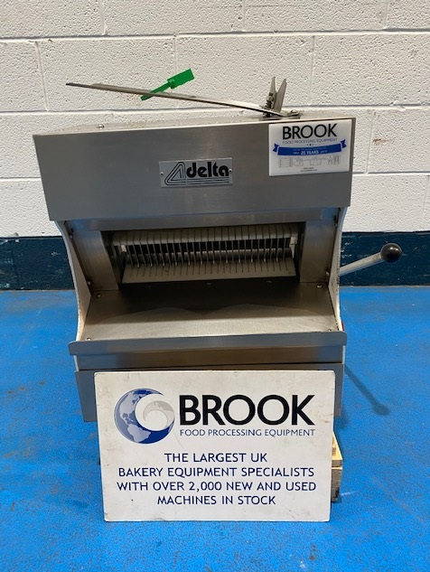 RECORD DELTA 14MM TABLE TOP BREAD SLICER, EX BAKERY CONDITION, CLEANED, TESTED AND FULLY WORKING