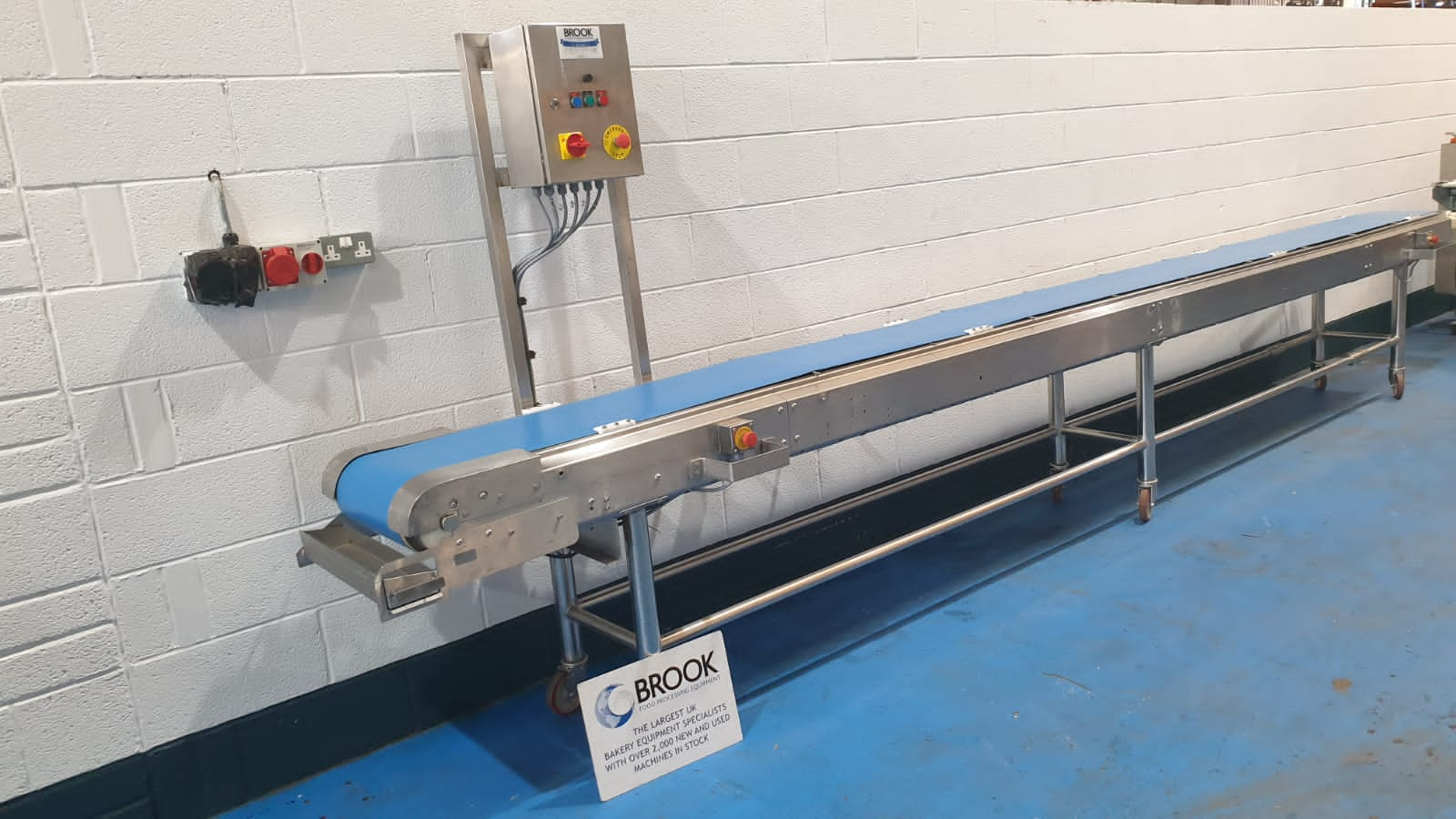 6M X 300MM VARI SPEED ALL STAINLESS CONVEYOR, BELT RELEASE, DRYING STANDS, GOOD USED BELT, SERVICED