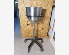 ADJUSTABLE HEIGHT BOWL HOLDER TROLLEY