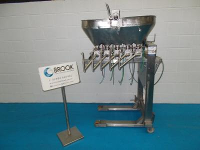 052022-turbo-tools-5-head-depositor-on-canteliver-stand-alb8750.jpg