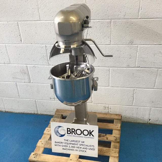 EX DISPLAY HOBART A200 MIXER NEW UNUSED STAINLESS BOWL AND TOOLS